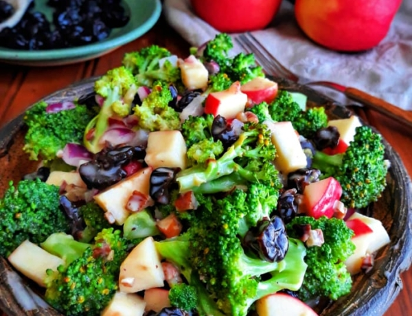 Cherry Pecan Broccoli Salad
