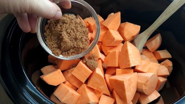 Slow Cooker Maple Brown Sugar Sweet Potatoes